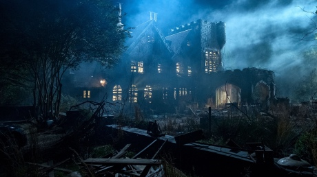 teaser-trailer-and-photos-from-netflixs-the-haunting-of-hill-house1